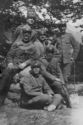 Gruppo con S.Tuscano  prima guerra mondiale -3