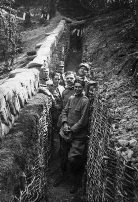 Gruppo con S.Tuscano  prima guerra mondiale -4