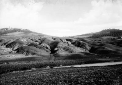 Pienza dalla Val d'Orica anni 30