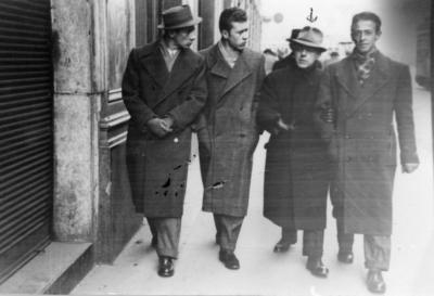 Stefano Tuscano com amici Milano via Dante 20 gennaio 1942-1